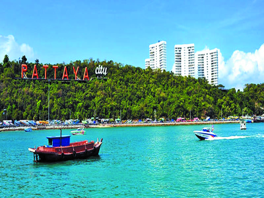Boat party in Pattaya