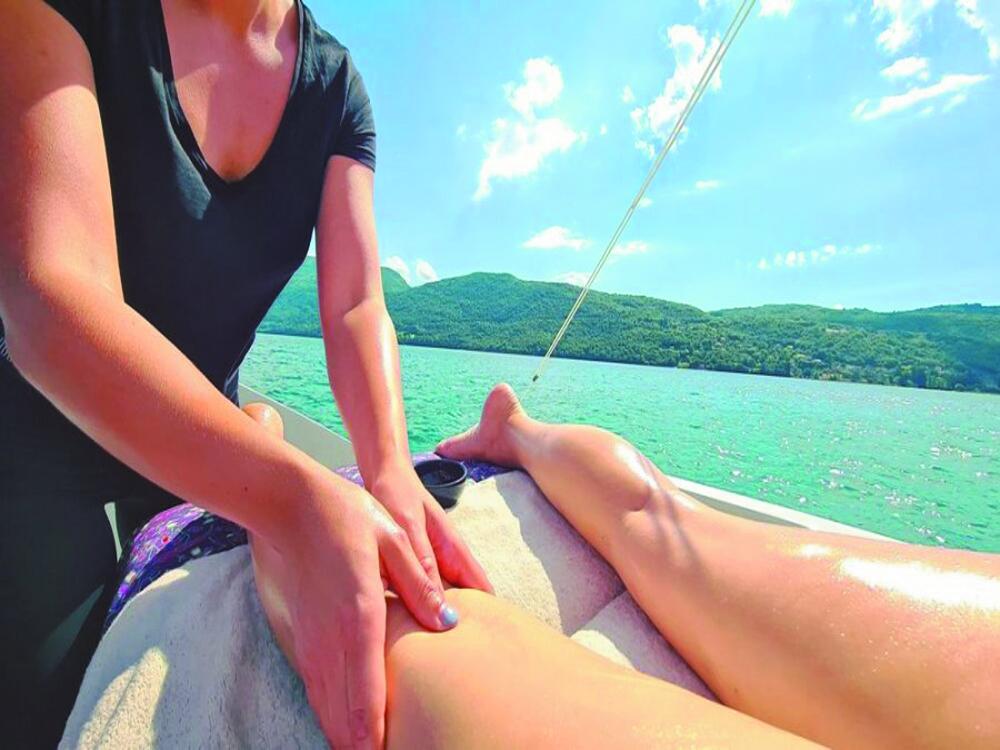 Massage service on boat