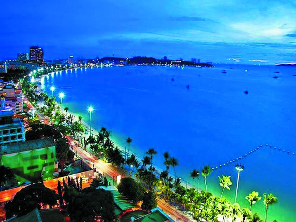 Night boat party Pattaya