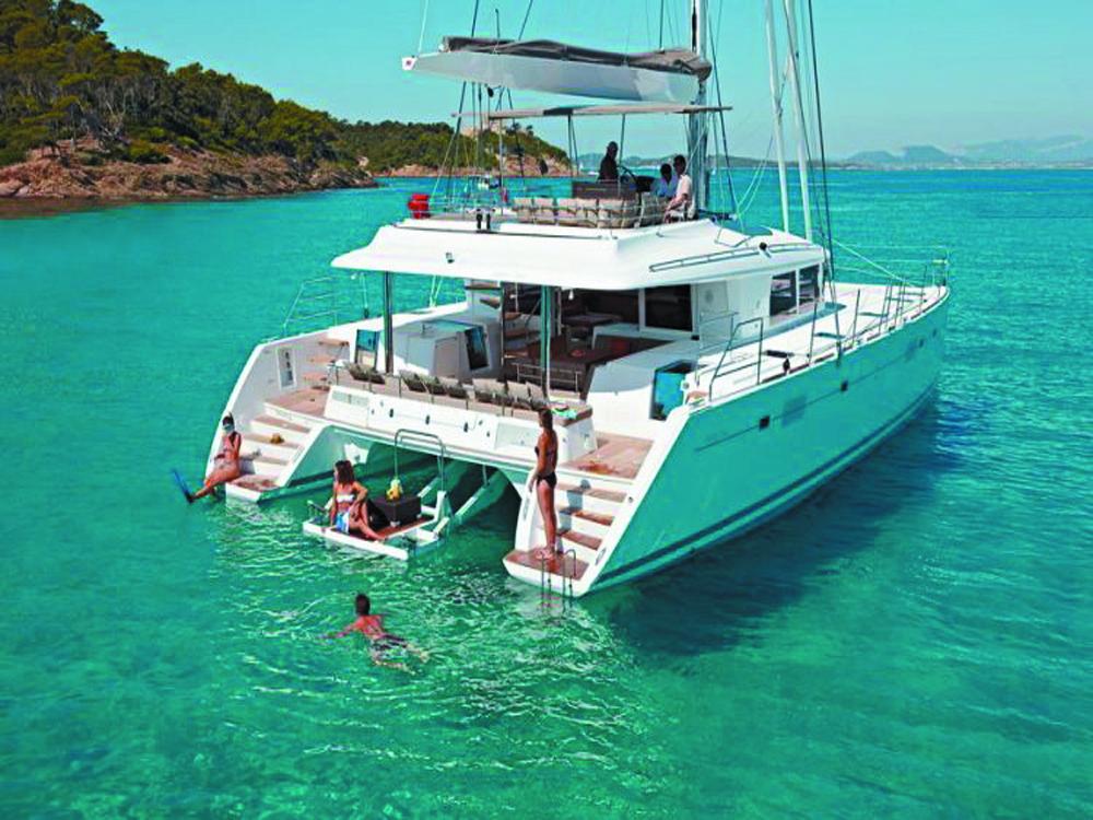 Phuket boat rental
